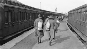 AIF troops just landed from France at Weymouth in England for repatriation entraining at the railway station for the dispersal depots in England. AWM collections database ID number D00392 Photographer not known [Public domain], via Wikimedia Commons