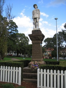 War Memorial, Camperdown Park. Image: R O'Neale